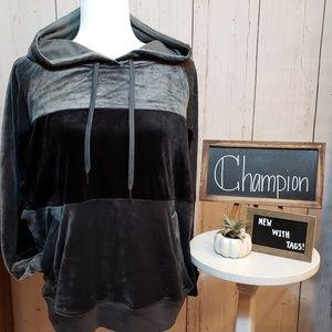 NWT + Champion + SUPER Plush hoodie